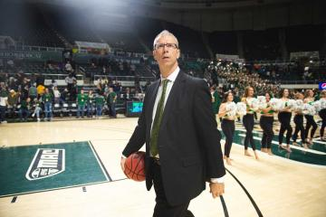 Ohio Bobcats basketball coach Jeff Boals on the basketball court
