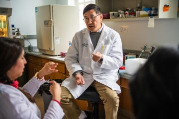 Dr. Shiyong Wu with students