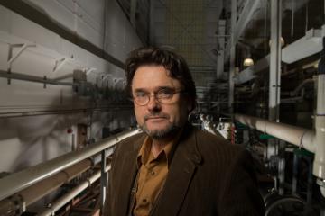 Dr. Srdjan Nesic